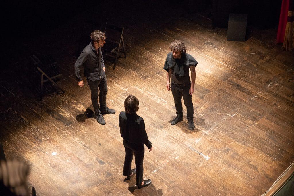 Binari: spettacolo d'improvvisazione teatrale